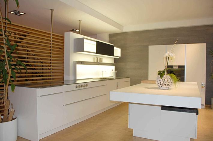modele modo cuisine poggenpohl. Black Bedroom Furniture Sets. Home Design Ideas